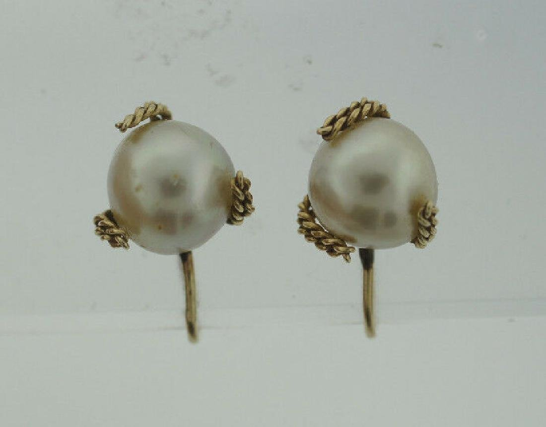 C.1950 14K YELLOW GOLD CULTURED PEARL EARRINGS STAMPED - 4