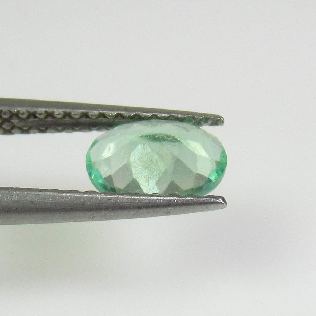 0.65 Ctw Natural Green Apatite Oval Cut - 2