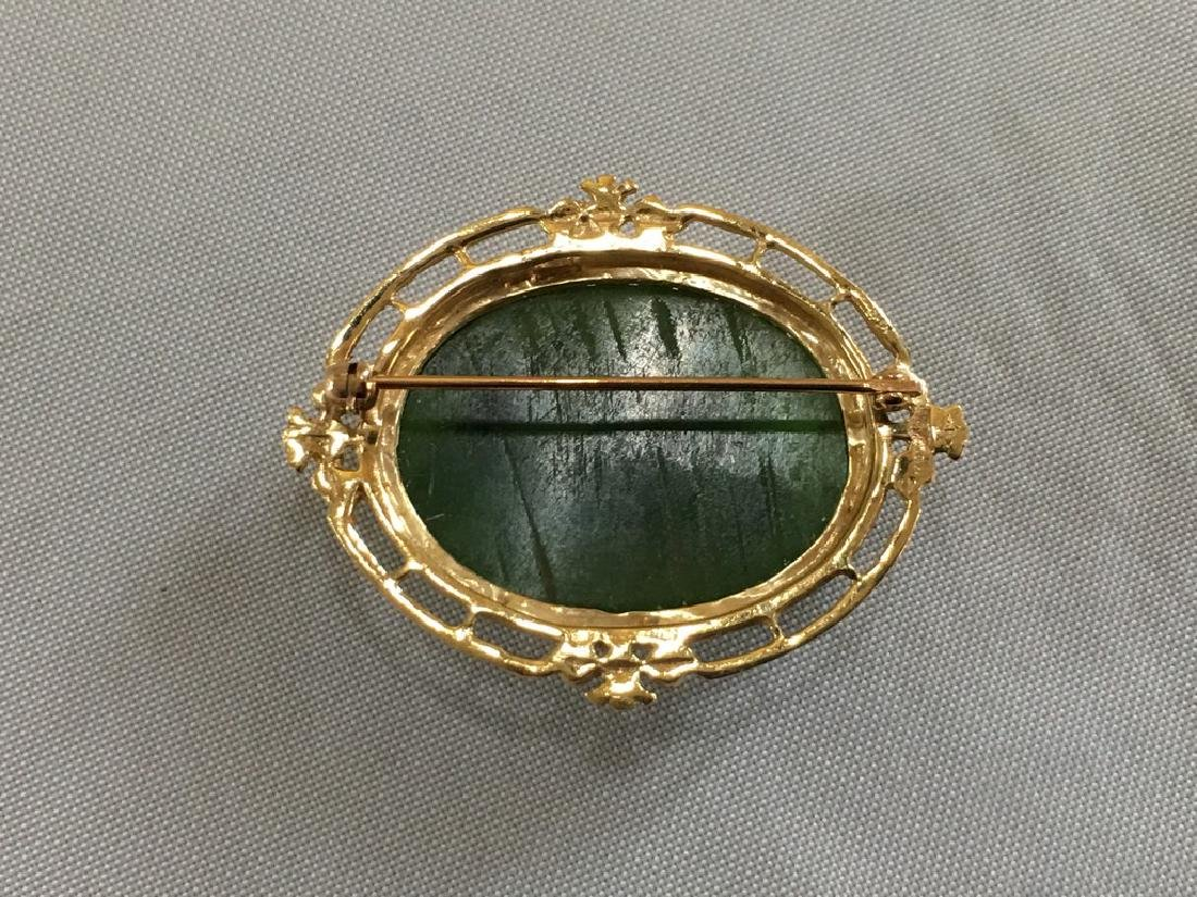 Jade & 14k Gold pin - 3