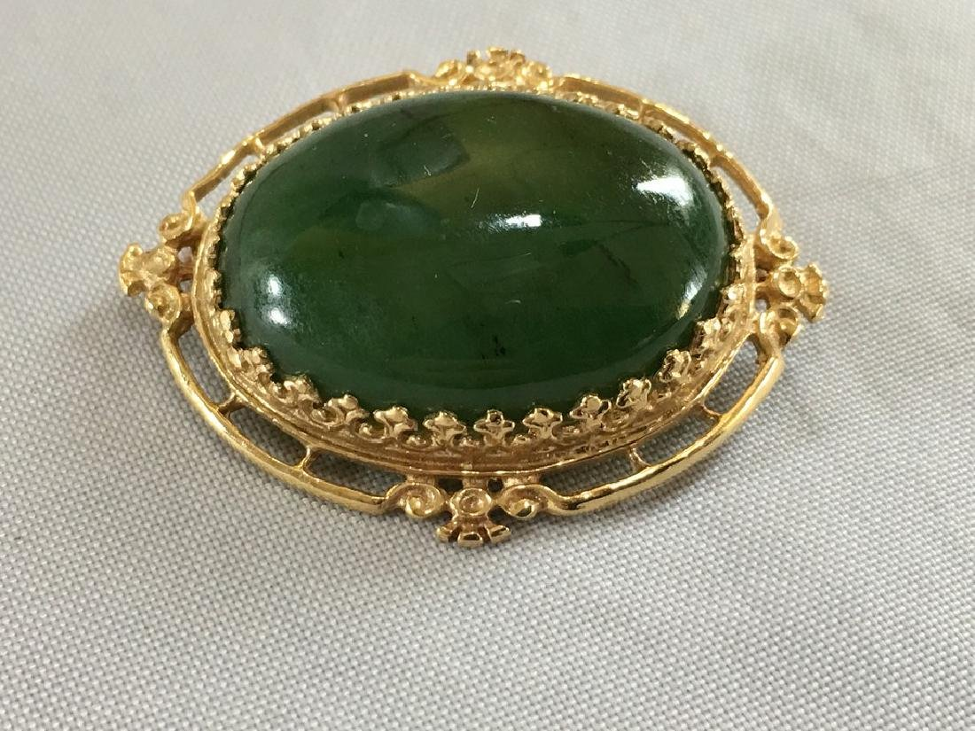 Jade & 14k Gold pin - 4