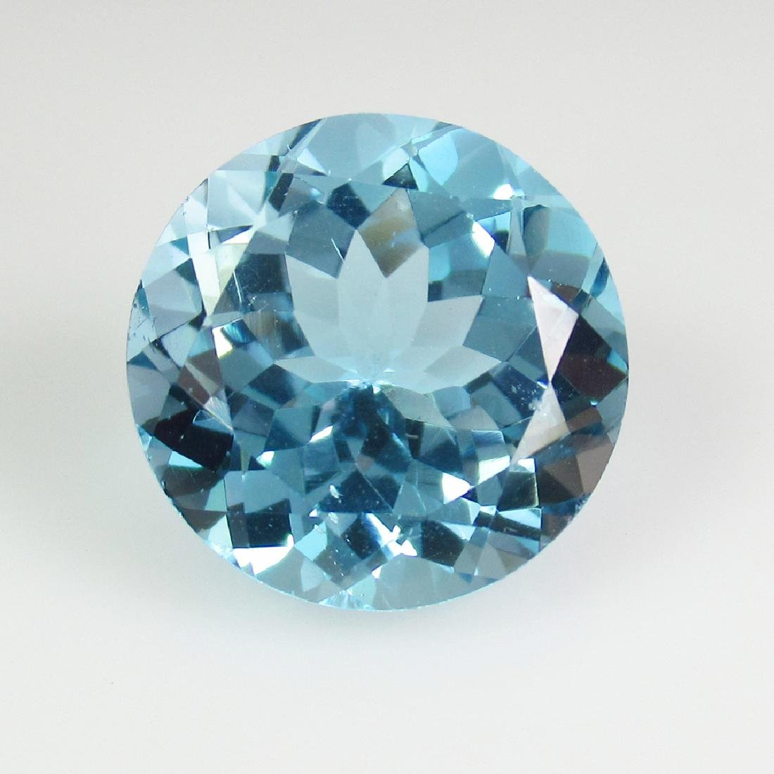 12.61 Ct Genuine Brazil Blue Topaz 14 mm Round Cut For
