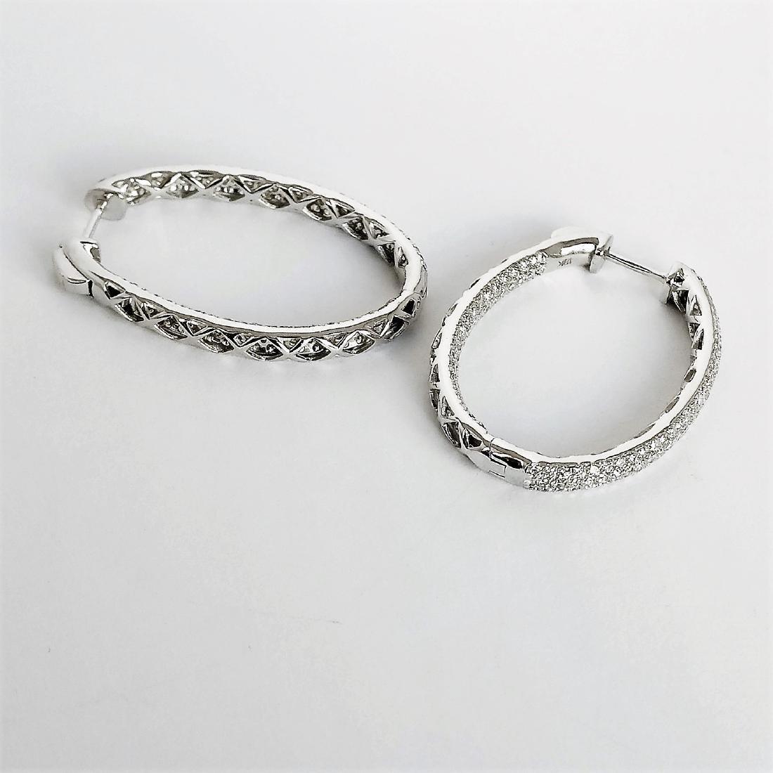 Ladies Earrings with Diamonds total 5.84 ct - 7