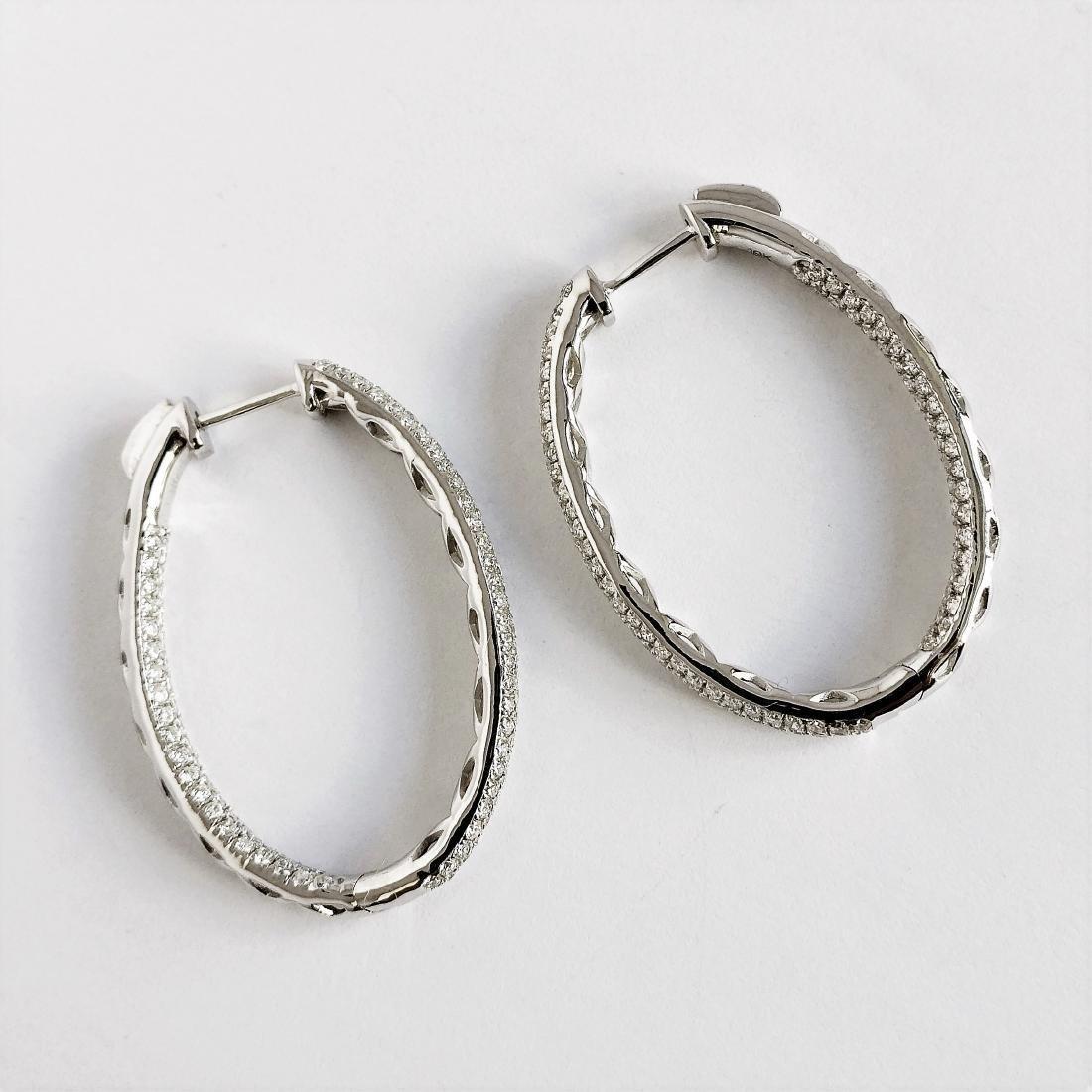 Ladies Earrings with Diamonds total 5.84 ct - 9