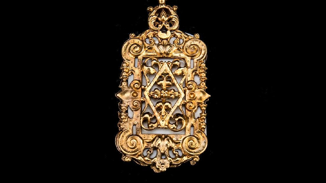 Antique English Gold Gilt Victorian Chatelaine. - 10
