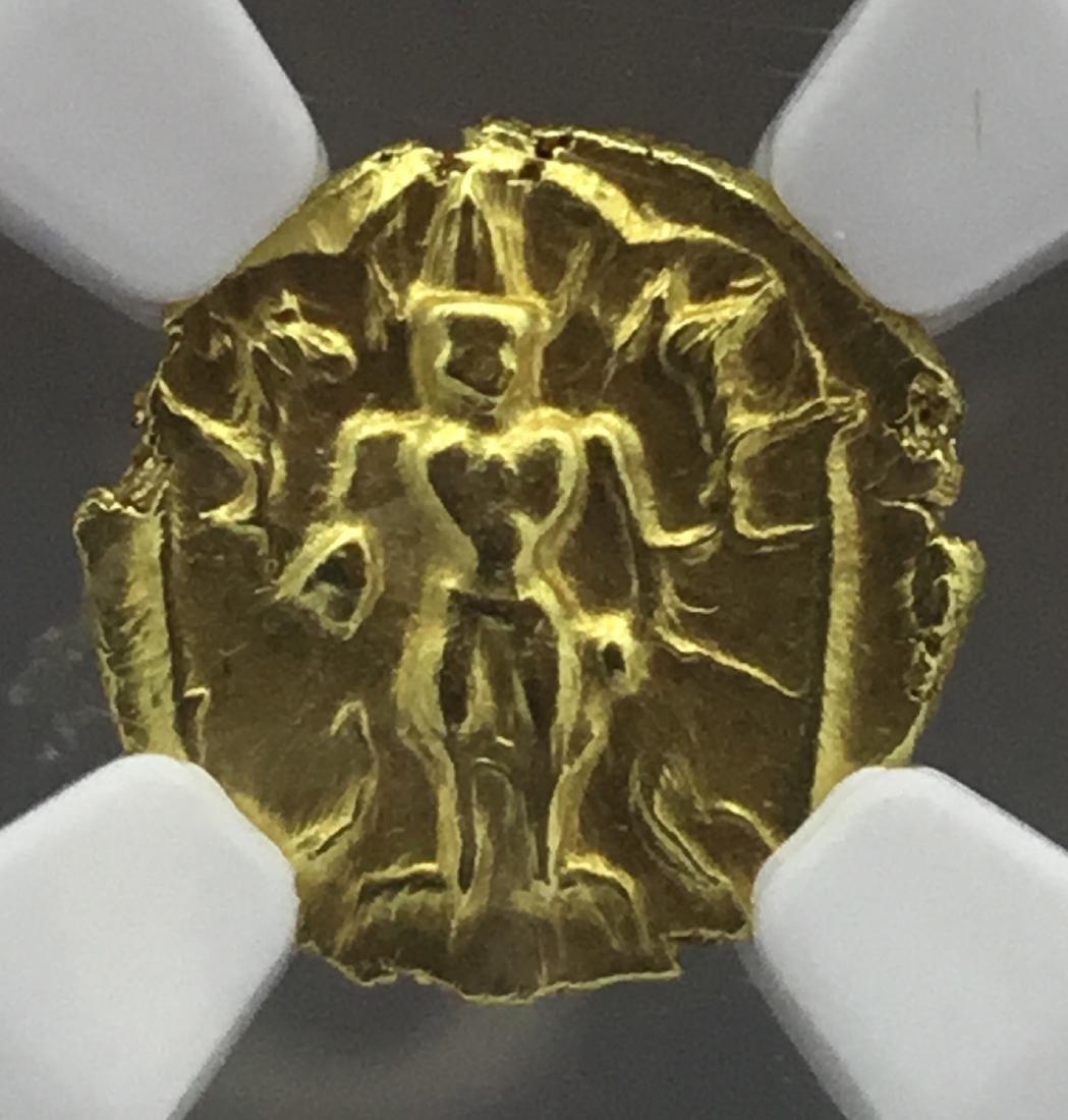 Southern India, gold half pagoda of 1.7 grams.