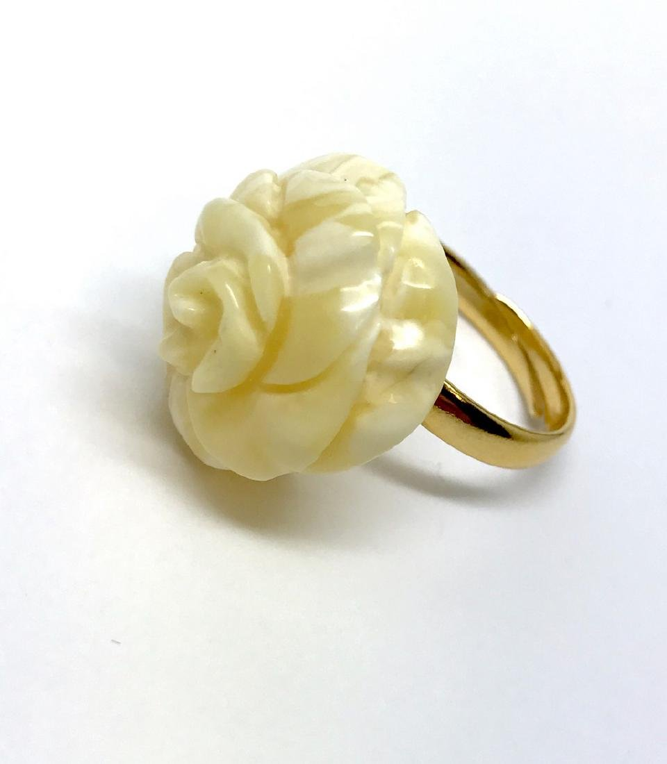 Old silver ring with carved white Baltic amber rose - 8