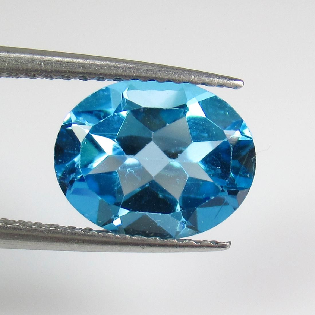 2.97 Ct Genuine Swiss Blue Topaz 10X8 mm Oval Cut