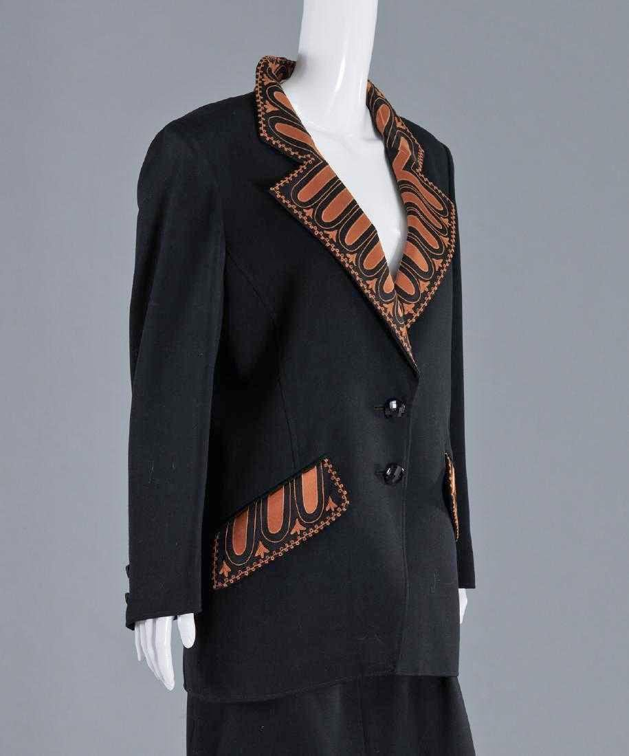 VALENTINO Stunning Black Wool Skirt Suit - 2