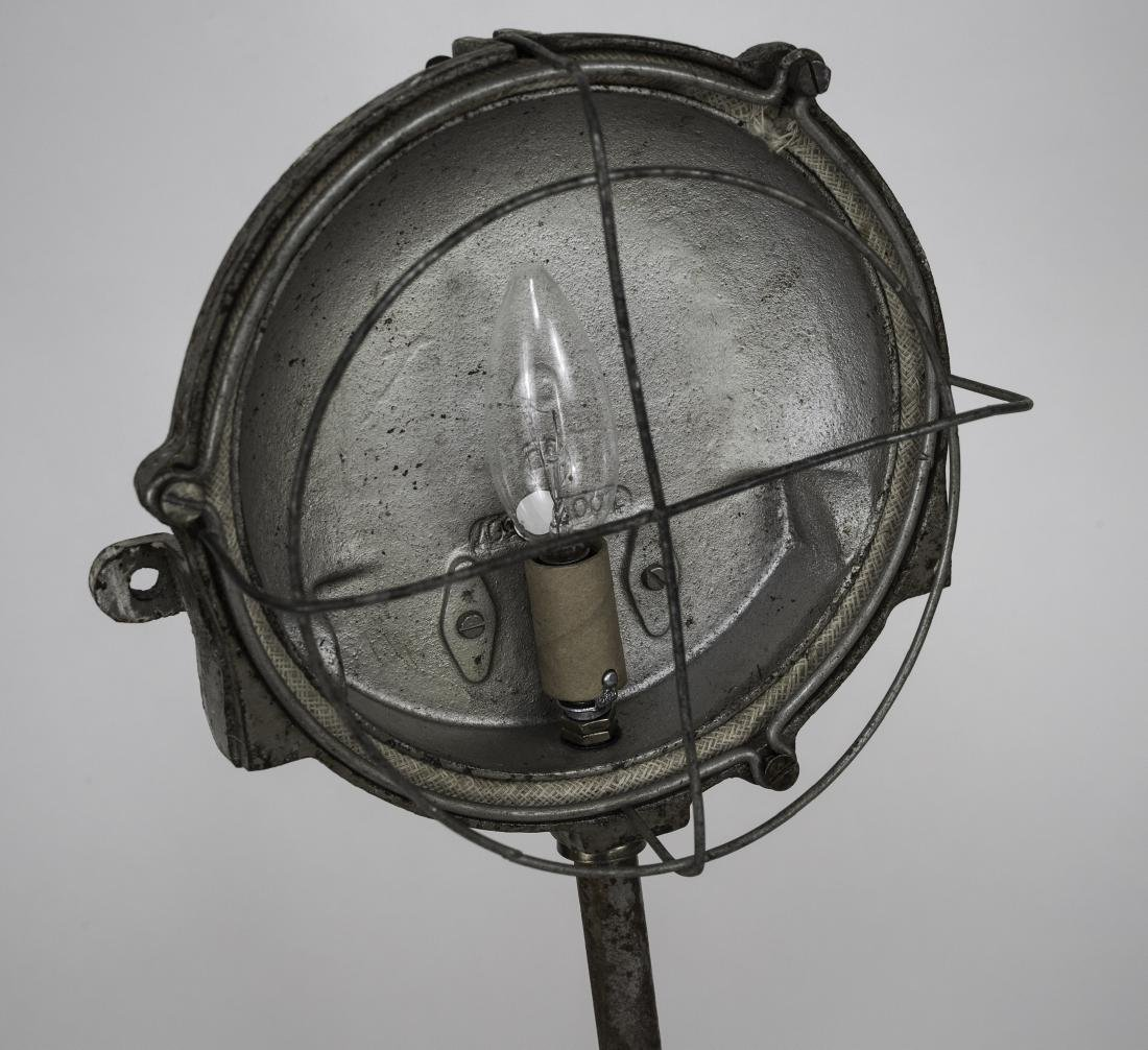 FRENCH INDUSTRIAL MODERNIST FACTORY DESK LAMP CAGED - 3