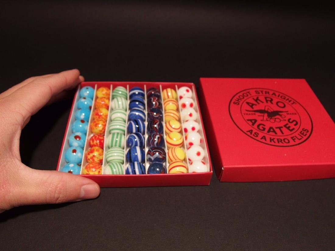 """5/8"""" Akro Agates Marble set w Box"""