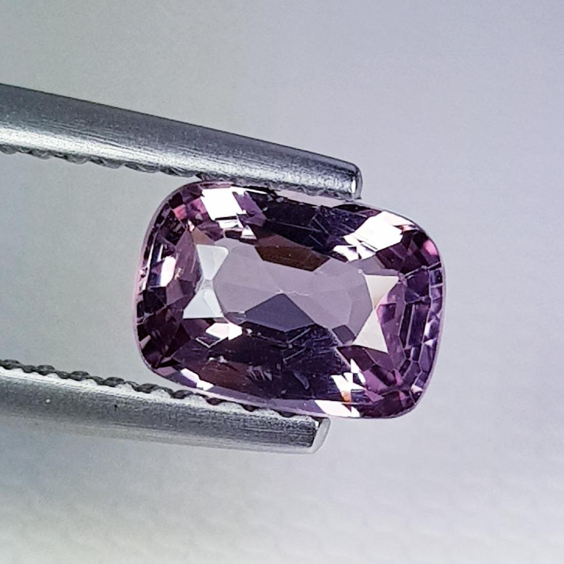 Natural Spinel Cushion Cut - 1.10 ct - 4
