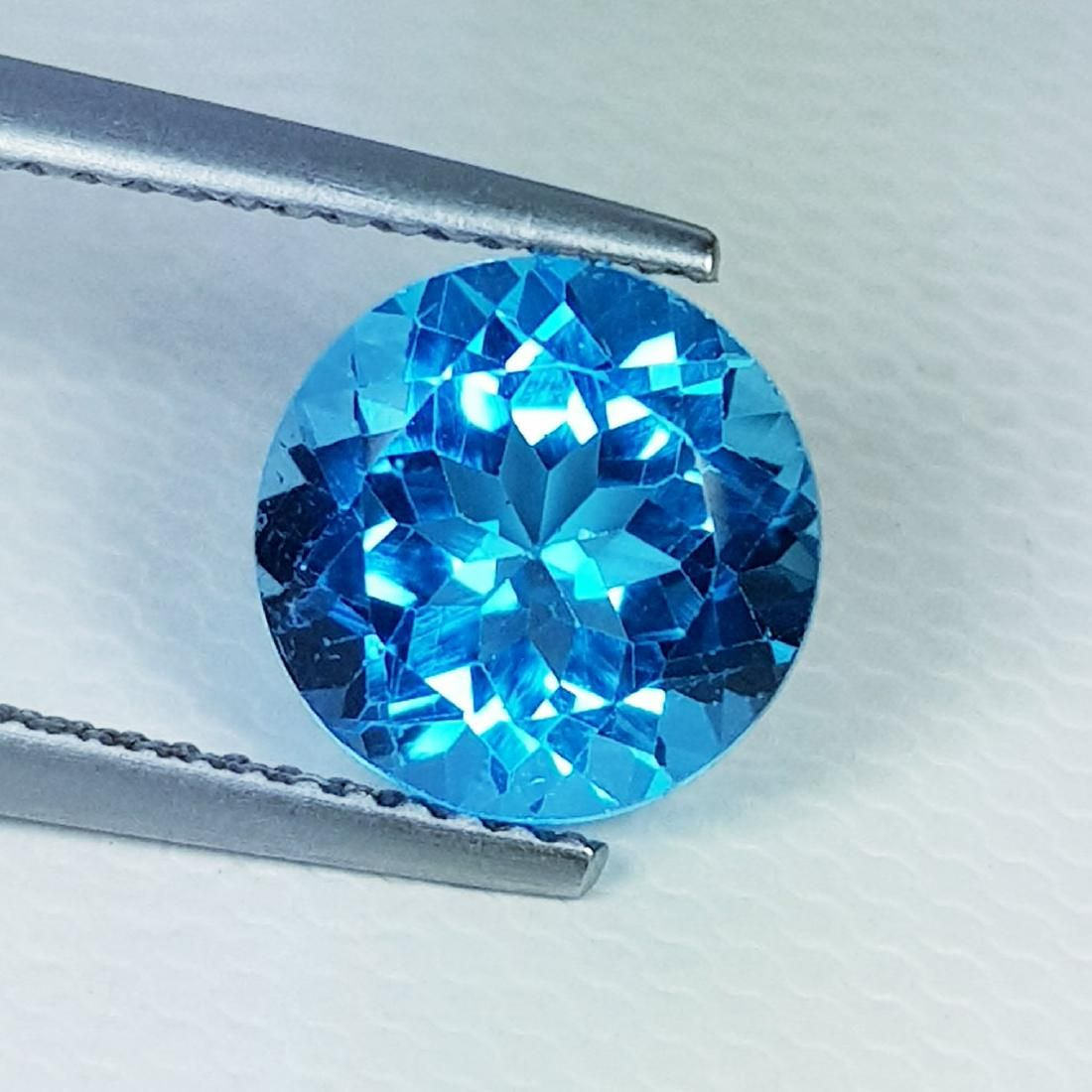 Natural Blue Topaz Round Cut 2.45 ct