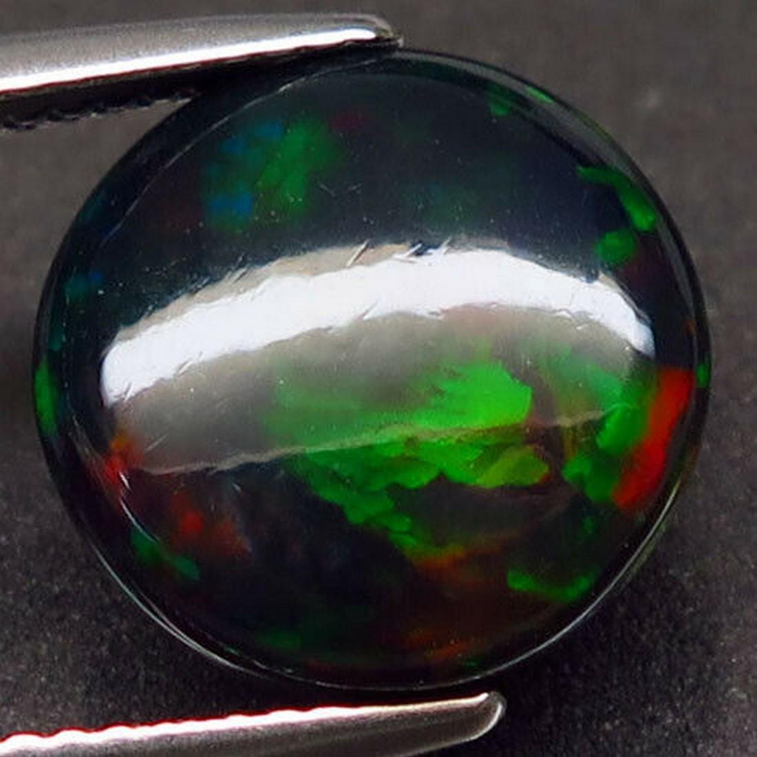 4,80 ct Natural Rainbow Black Opal