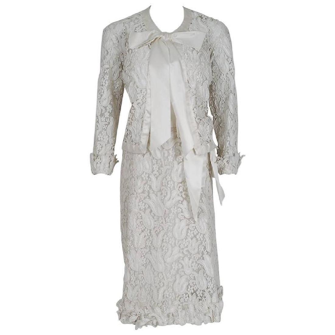 1966 Chanel Haute Couture White Tulip Novelty Lace &