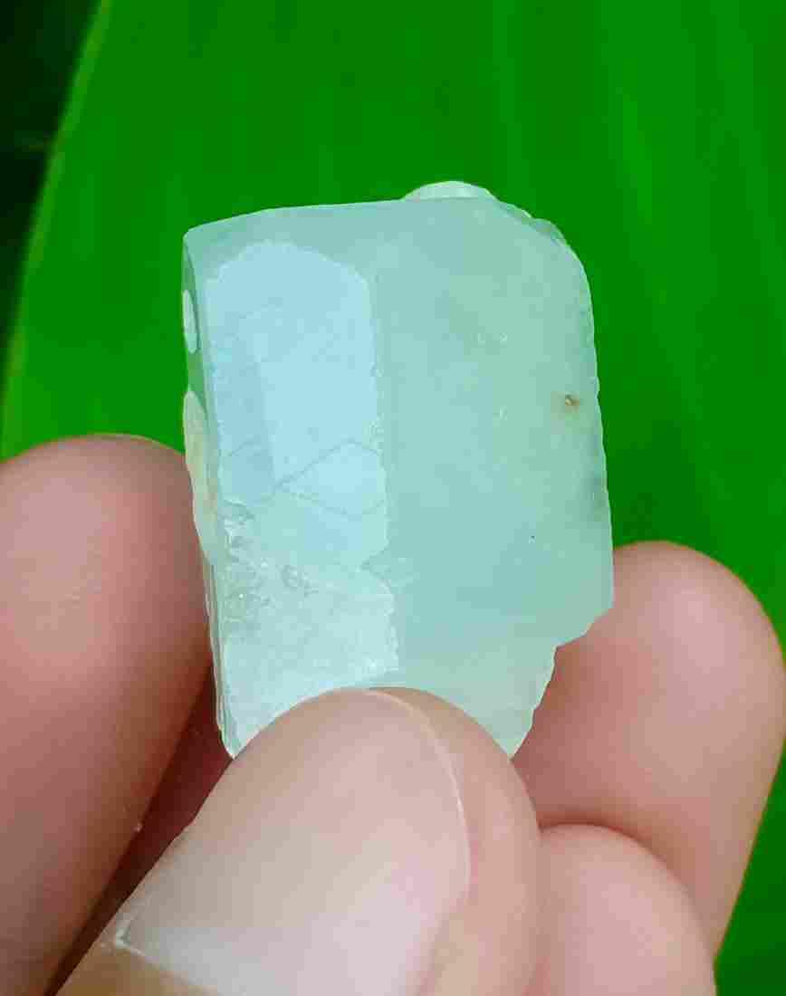 17 Gram Beautiful Natural Aquamarine Crystal