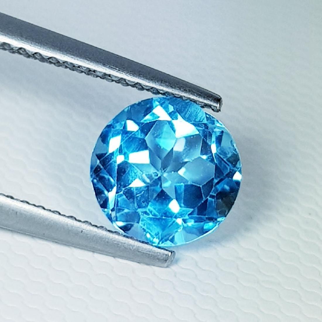 Natural Blue Topaz Round Cut 2.40 ct