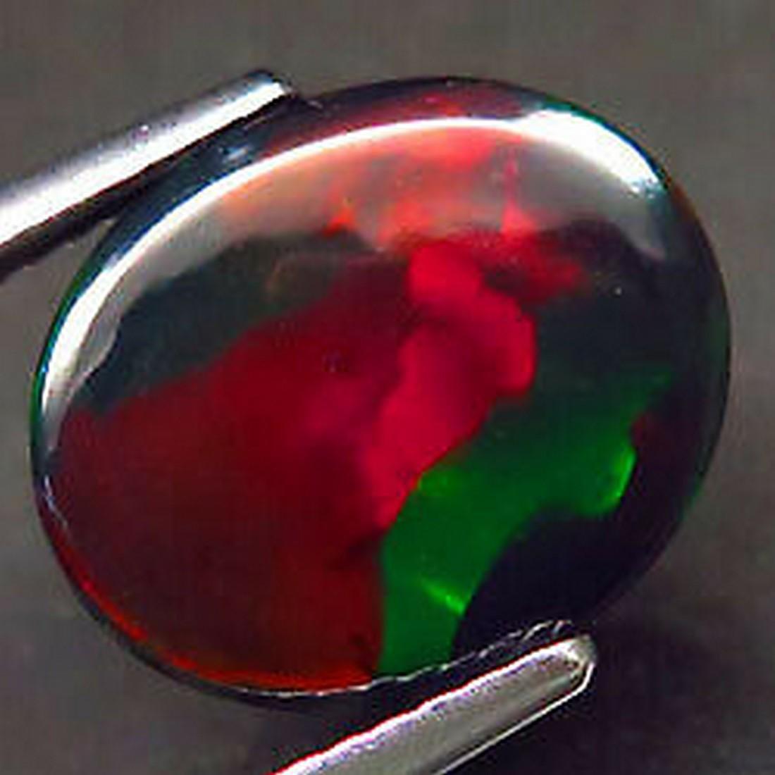 3,68 ct Natural Rainbow Black Opal