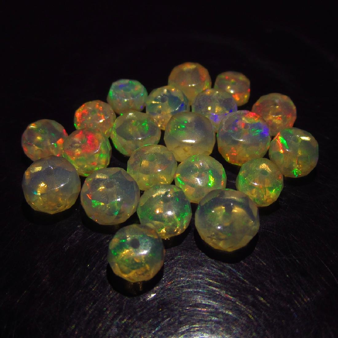 9.35 Ct Genuine 21 Drilled Round Faceted Opal Beads