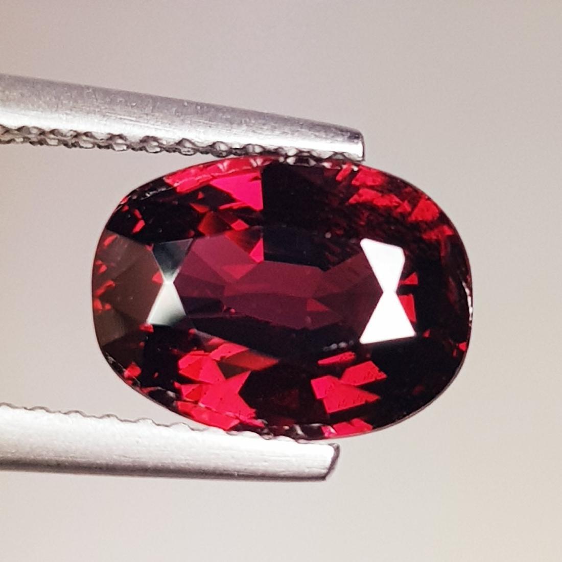 Natural Rhodolite Garnet Oval Cut 3.85 ct