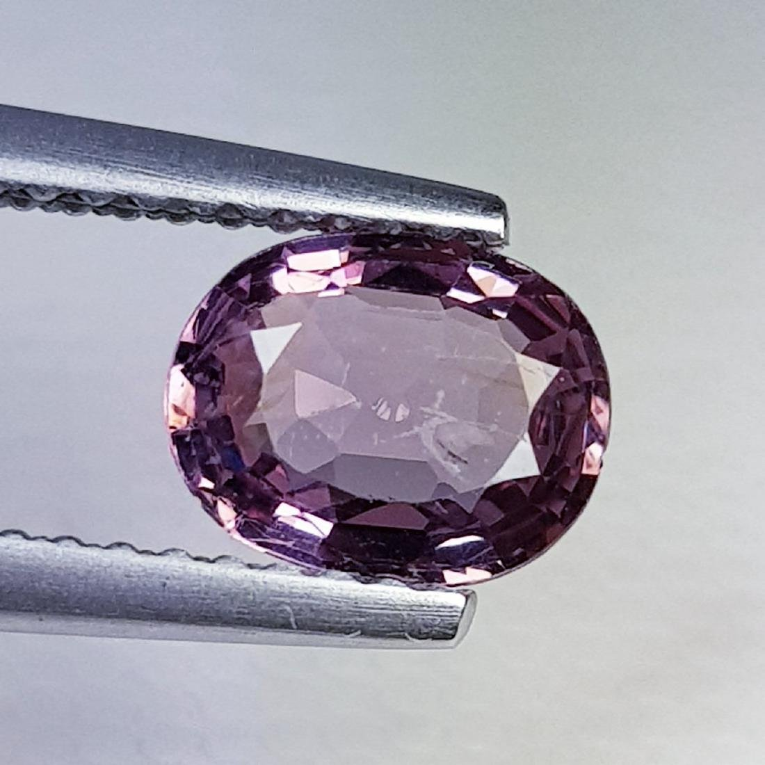 Natural Spinel Oval Cut  0.95 ct