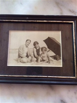 8fe5c04144264 Lot of 2 Vintage Family Chinese Print. Period Frame - Jul 06, 2019 ...