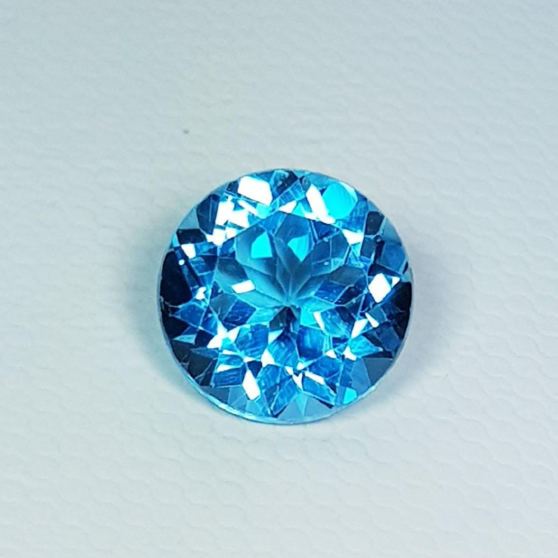 Natural Blue Topaz Round Cut 3.30 ct