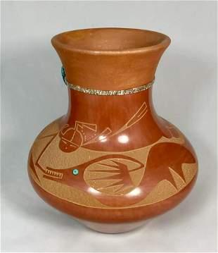 San Ildefonso Jar By Tse-Pe