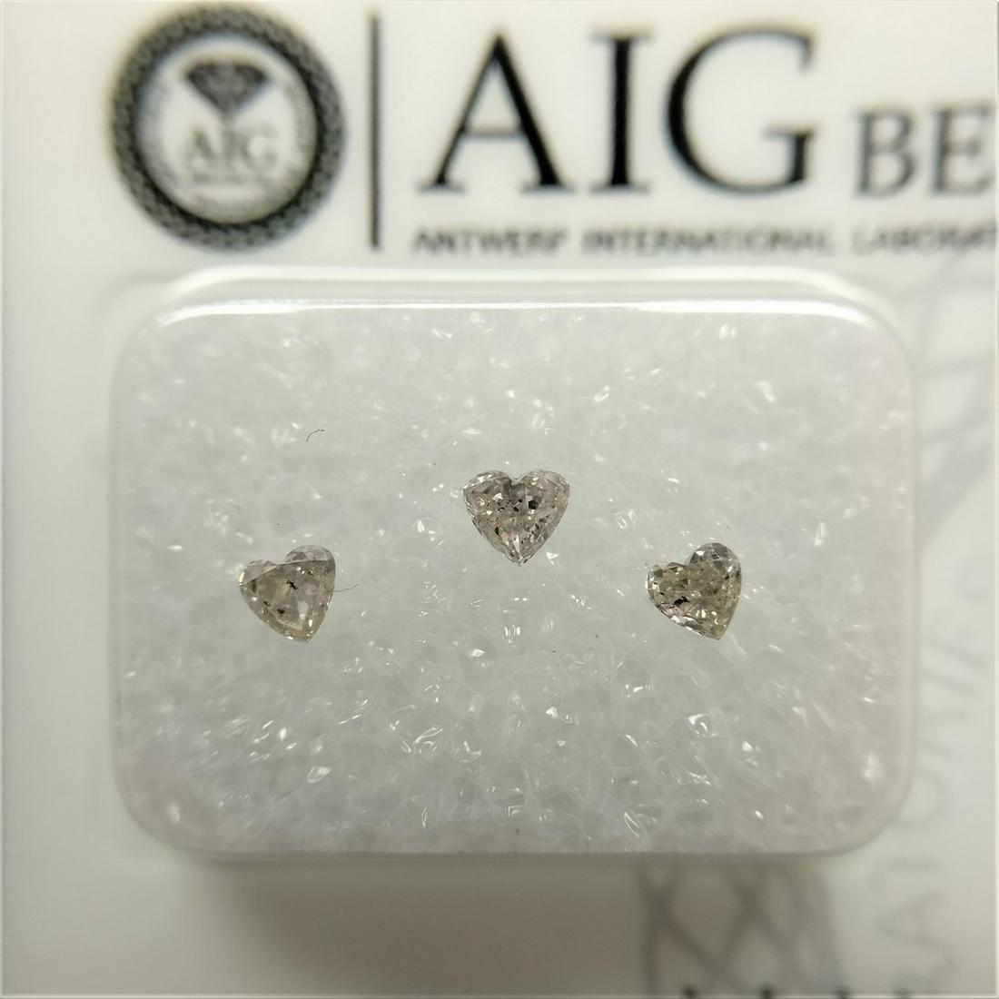 0.27 ct Heart cut Diamonds Light Orangy Pink SI2-I1