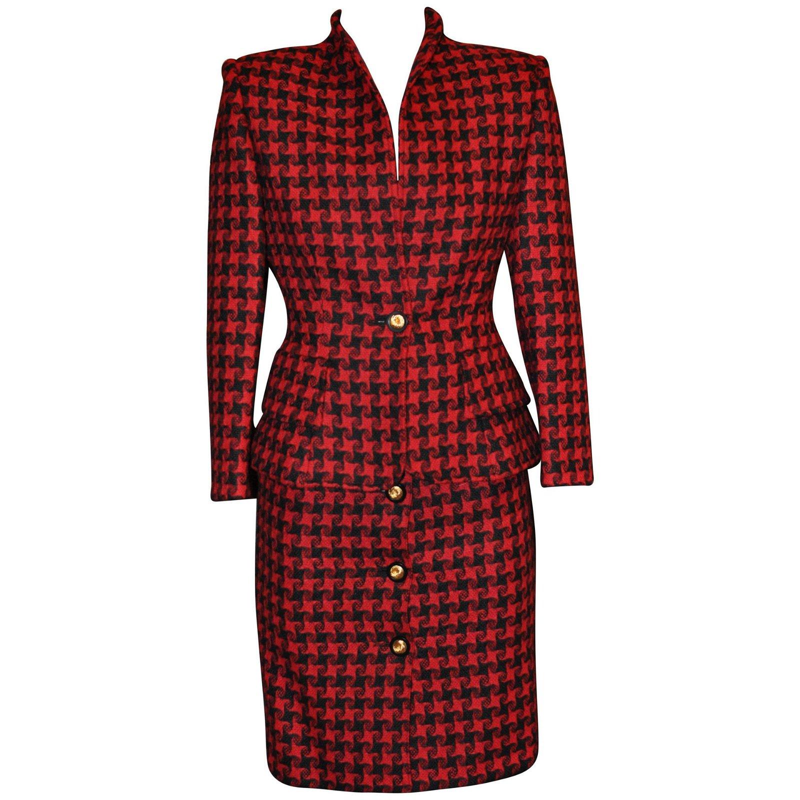1980s Nina Ricci Starfish Graphic Wool Suit 36 Fr