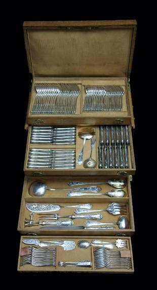 BOULENGER - 124pc. FRENCH ANTIQUE STERLING SILVER