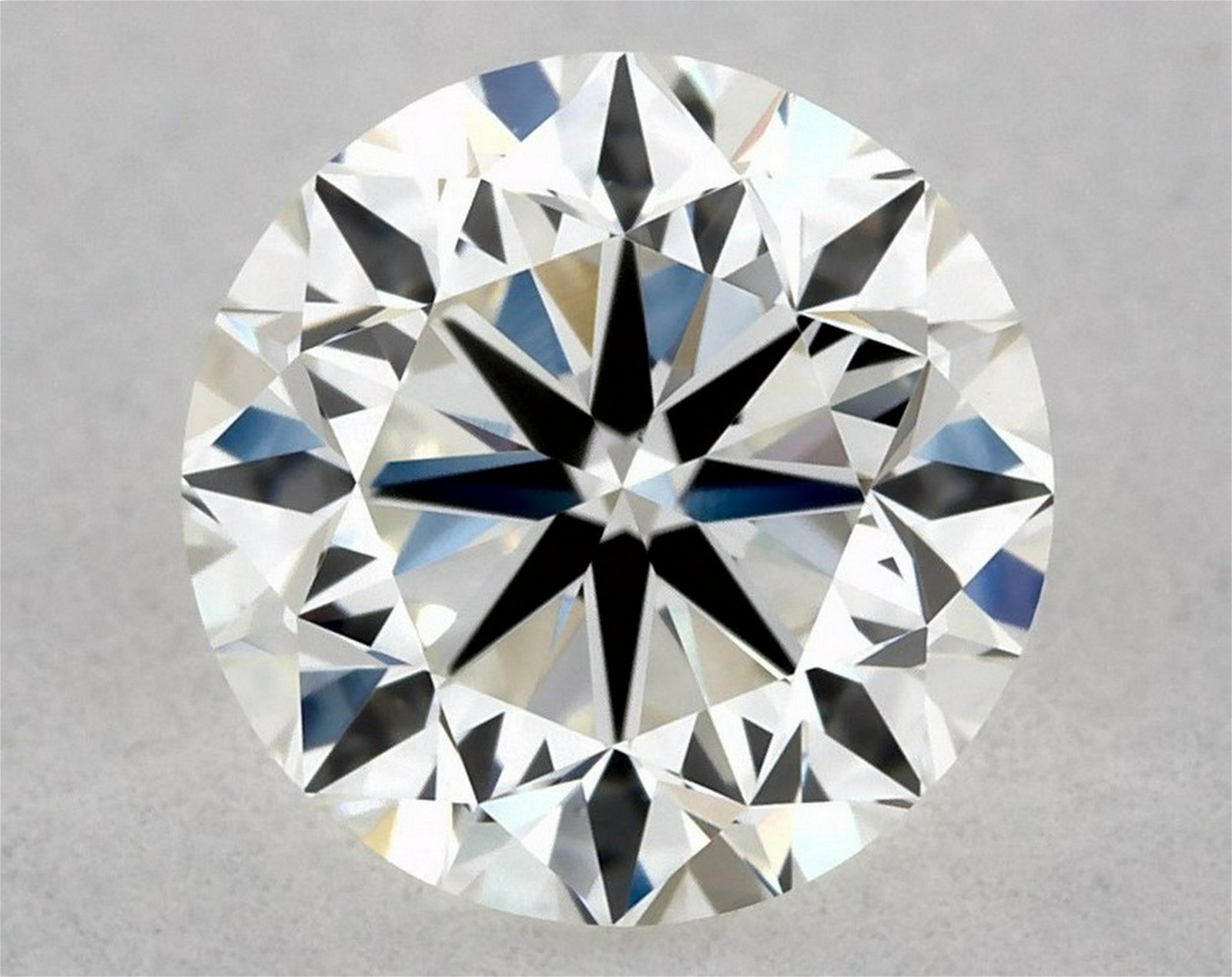 IGI Certified 0.81 Ct G VVS2 Round Brilliant Diamond