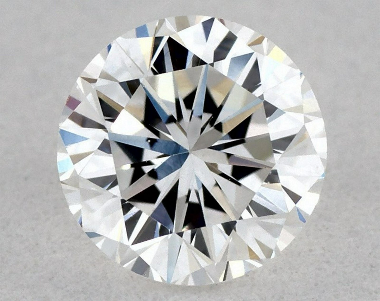 IGI Certified 0.33 Ct D VS1 Round Brilliant Diamond