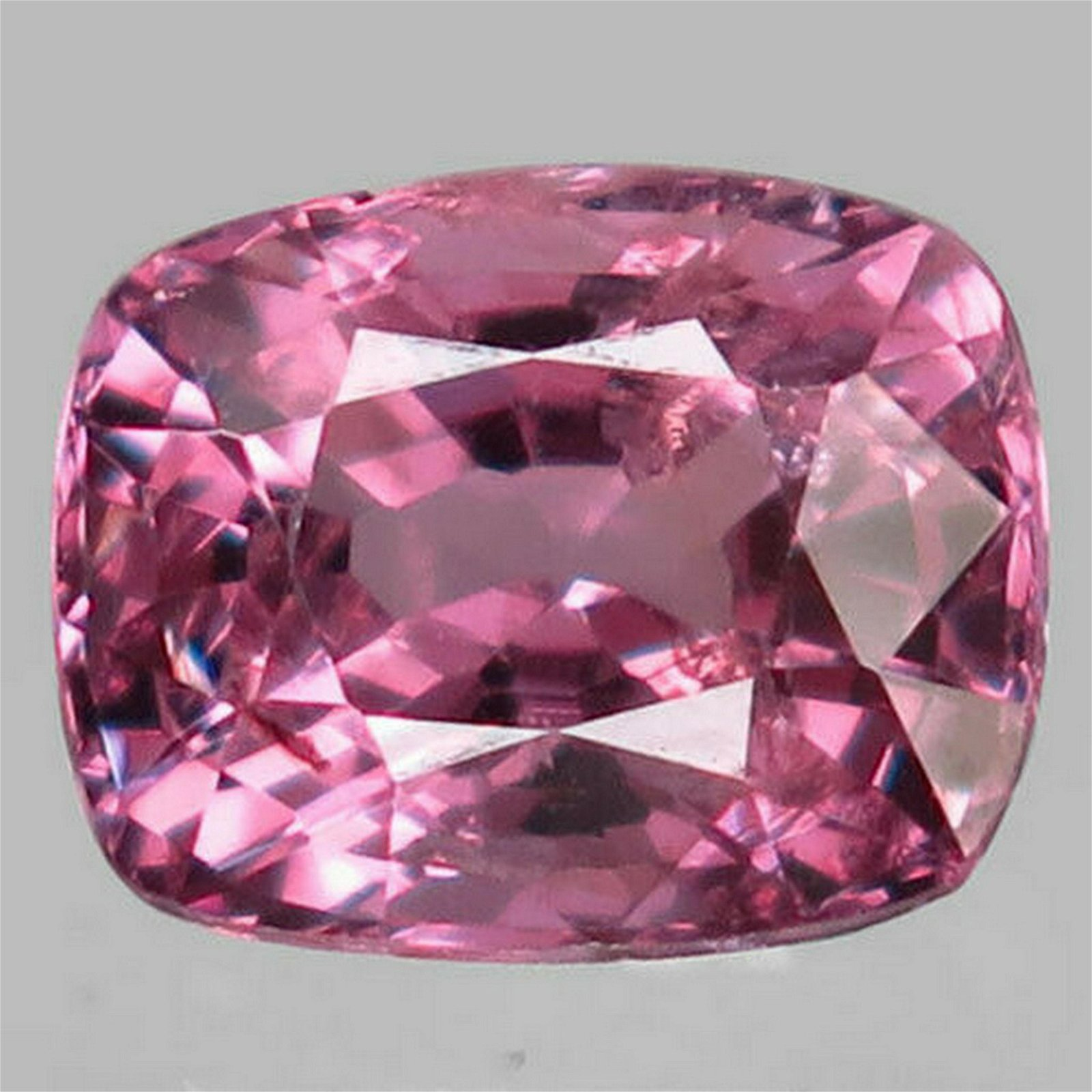 1,80 ct Natural Pink Spinel