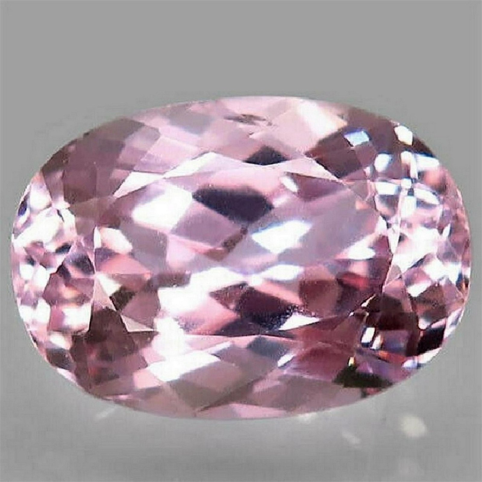 7,04 ct Natural Pink Kunzite