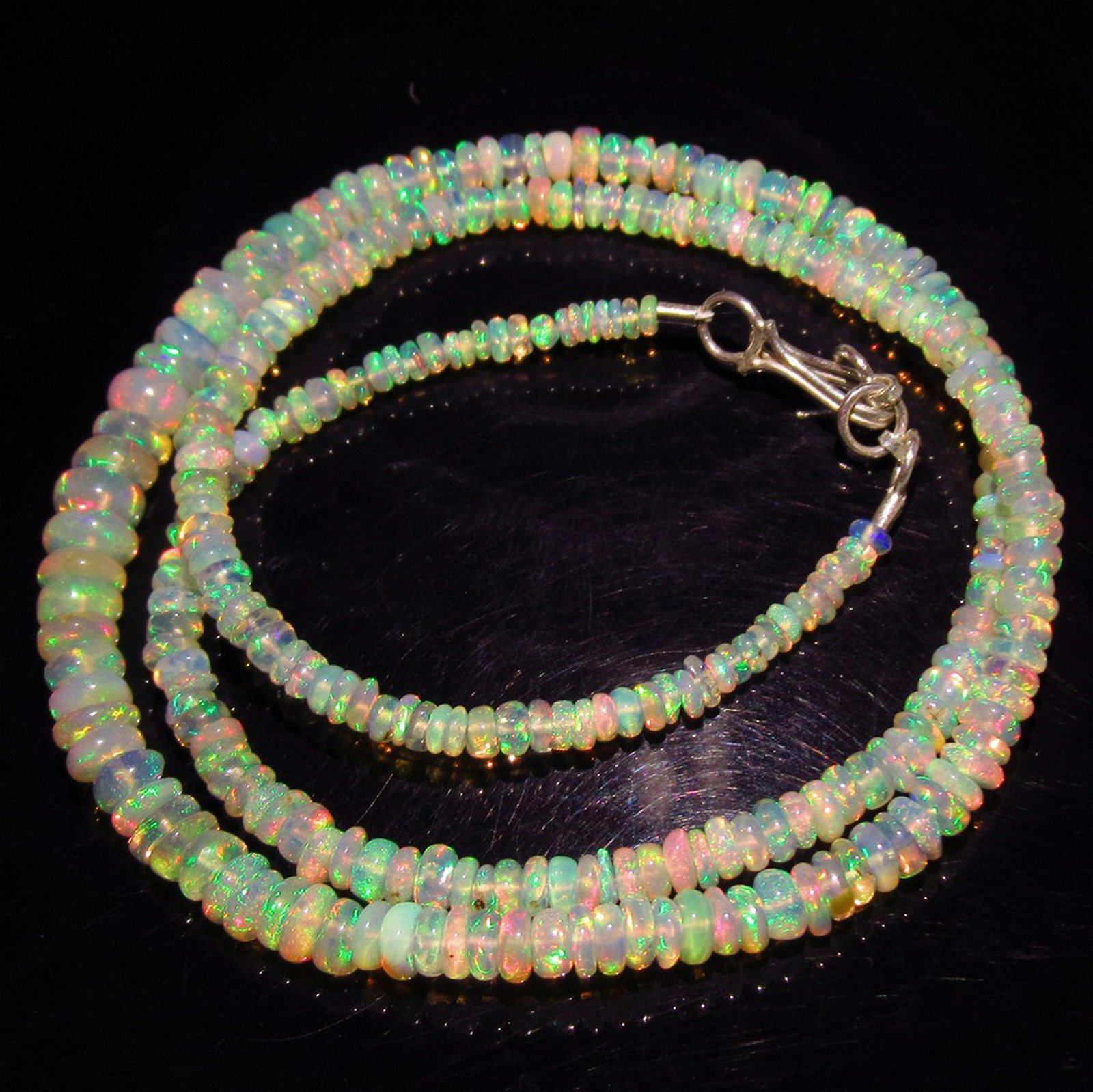 36.79 Ct 925 Silver Genuine 290 Opal Beads Necklace