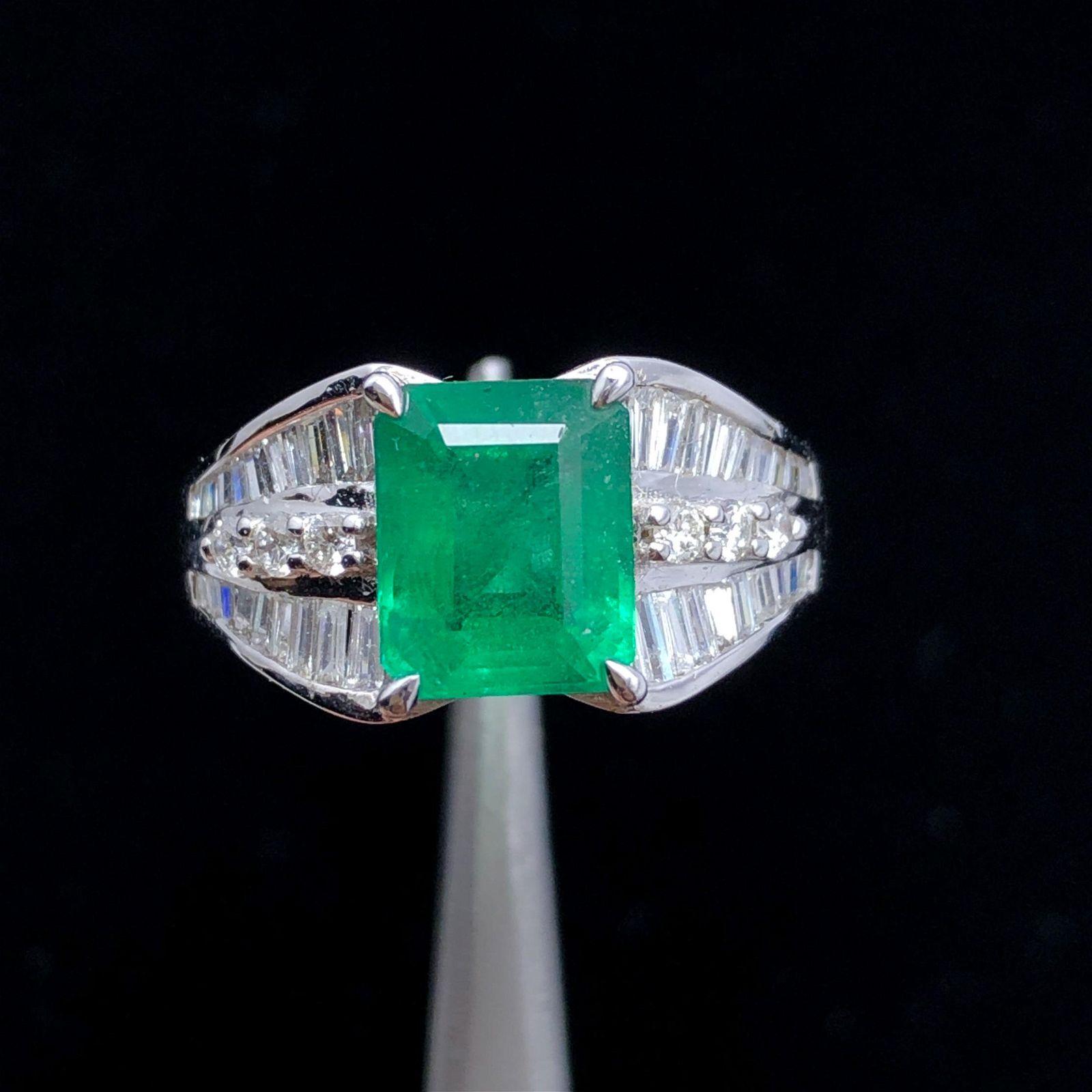 18k Gold Emerald Ring Diamond