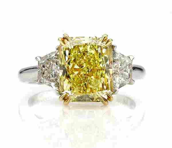 GIA 464ct Natural Fancy Yellow VS2 CUSHION 3 Stone