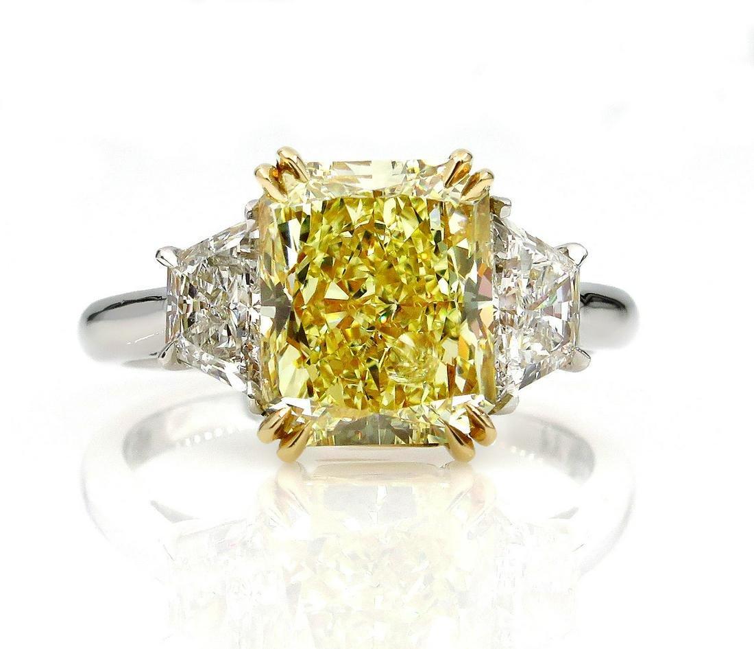 GIA 4.64ct Natural Fancy Yellow VS2 CUSHION 3 Stone