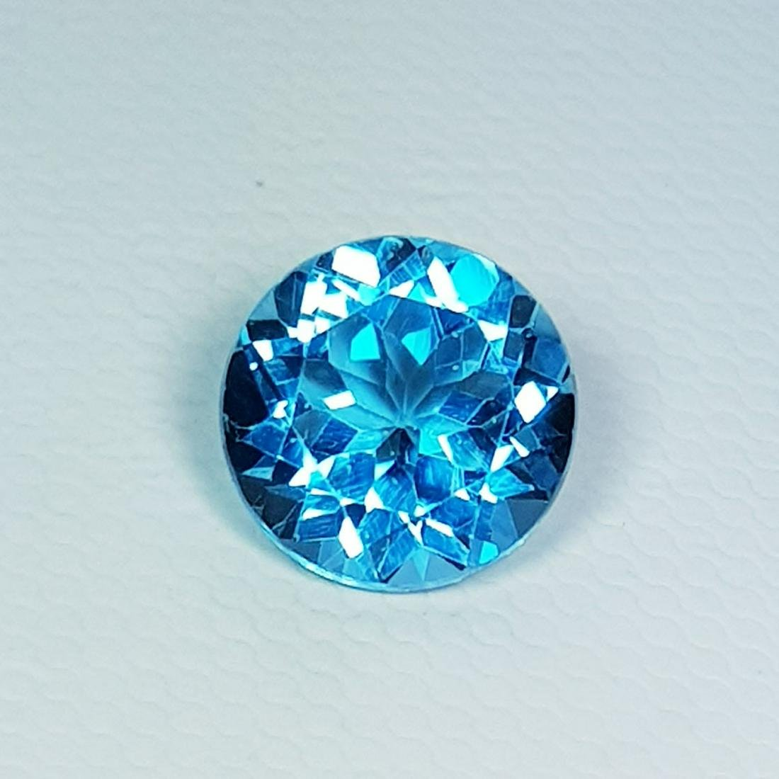 Natural Blue Topaz Round Cut 3.30 ct