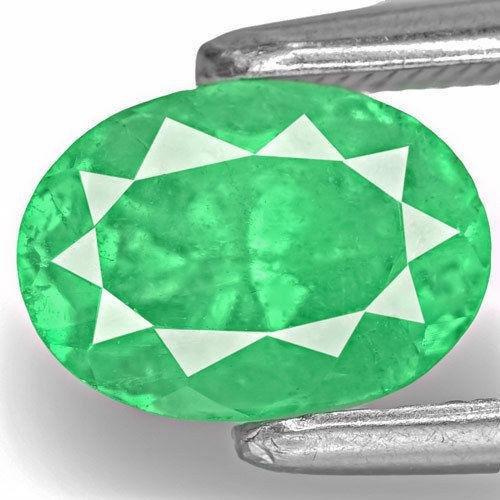 1.56-Carat Eye-Clean Lustrous Green Oval-Cut Colombian