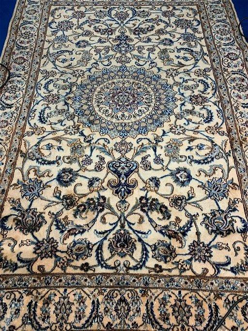 Vintage Hand Woven Persian Rug Nain 6 4 X 9