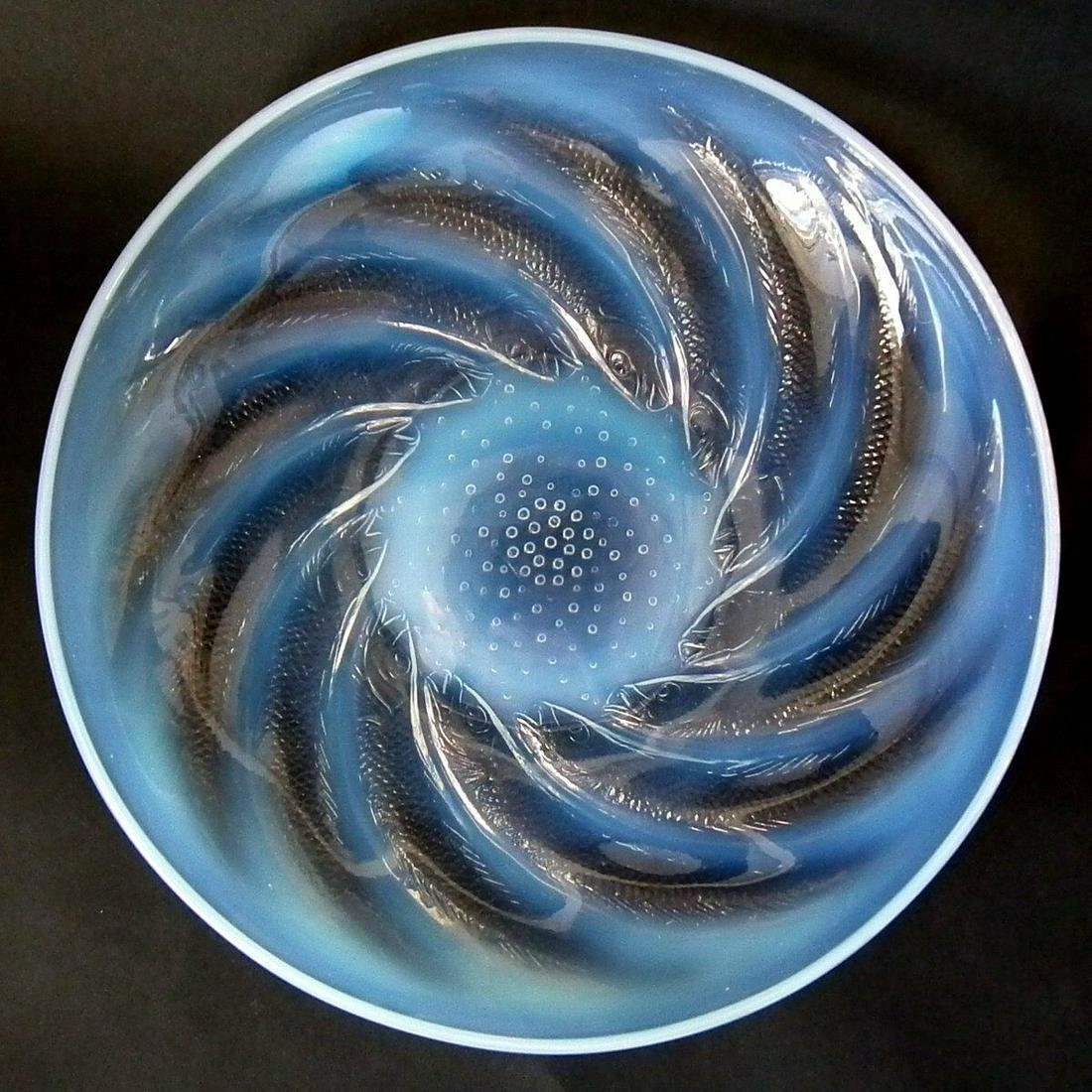 Rene Lalique Opalescent Glass 'Poissons' Coupe/Bowl