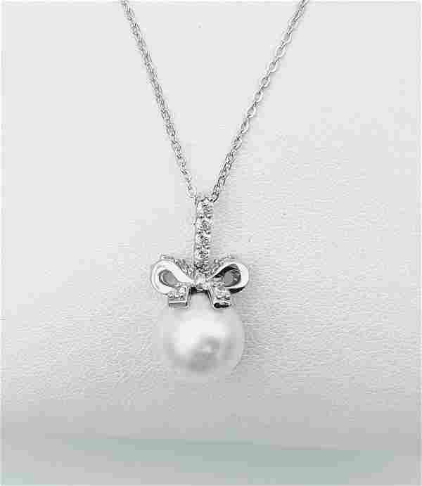 Sterling Silver Necklace & Pearl Pendant w Diamond