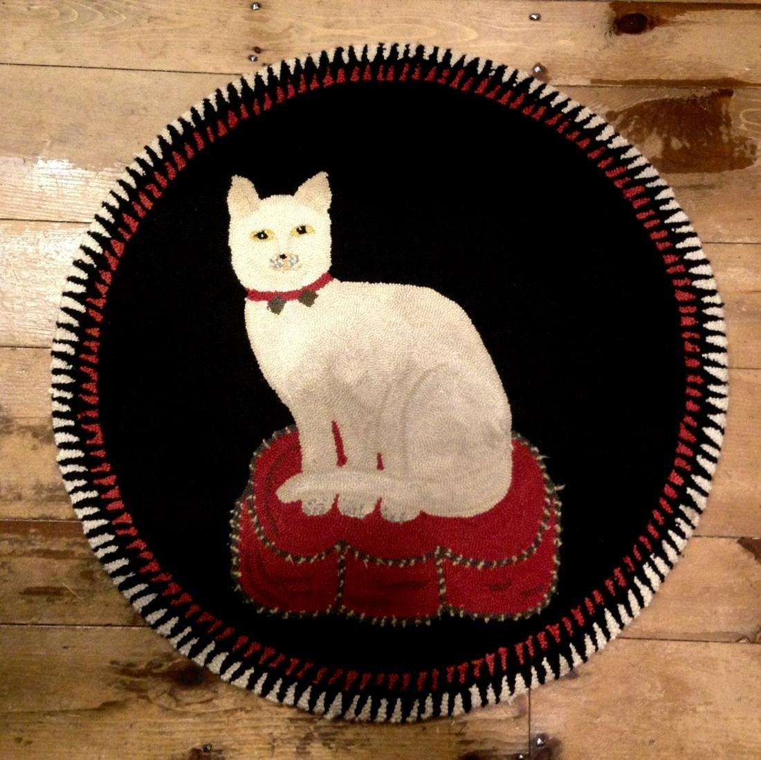Mid 20thc Folk Art Cat Yarn Hooked Rug With Great