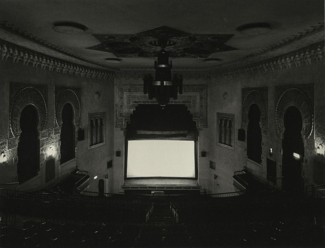 HIROSHI SUGIMOTO - Prospect Park Theater, NY, 1977