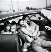 MARY ELLEN MARK - Family Damm. Los Angeles, 1987
