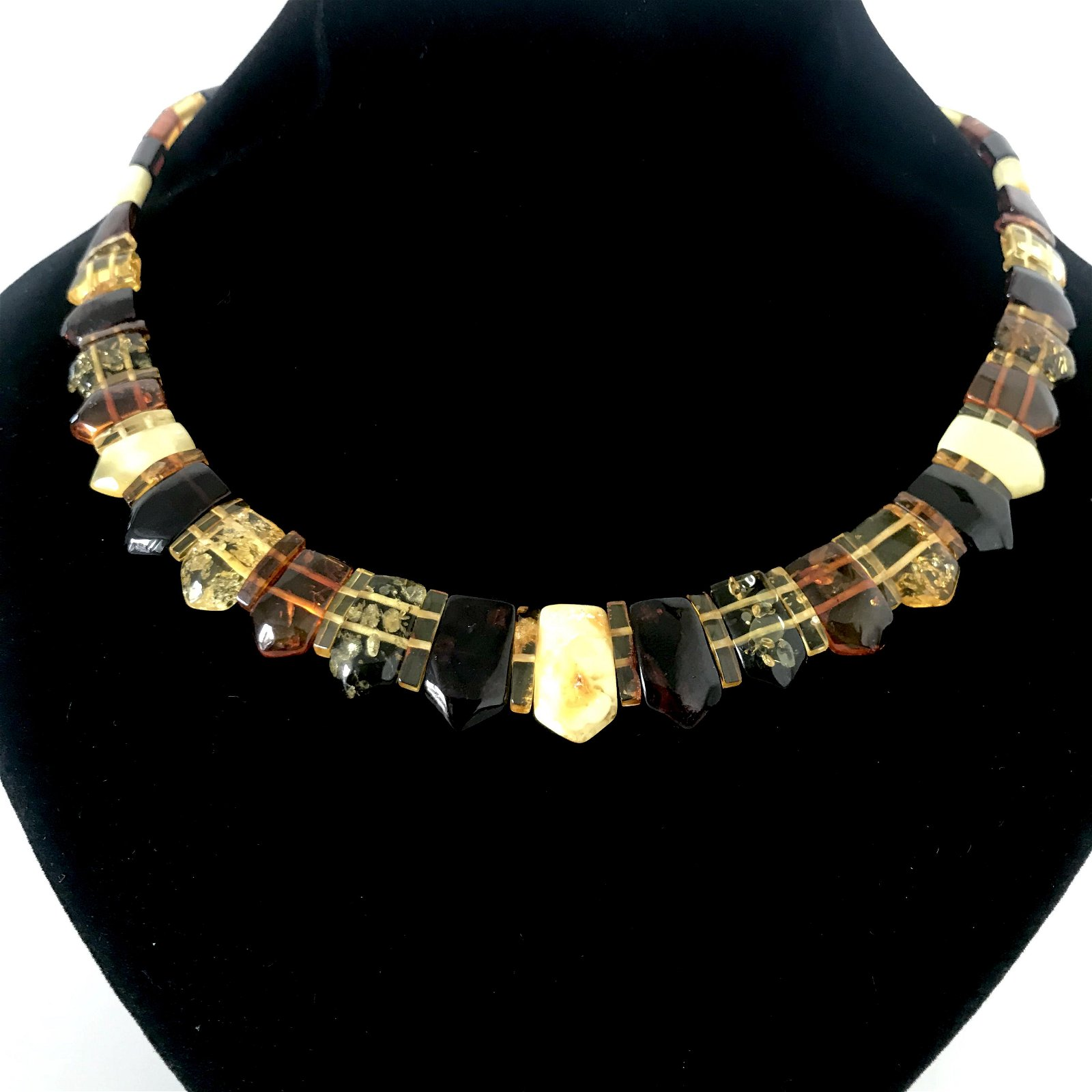 Amber collar flat necklace of various colour