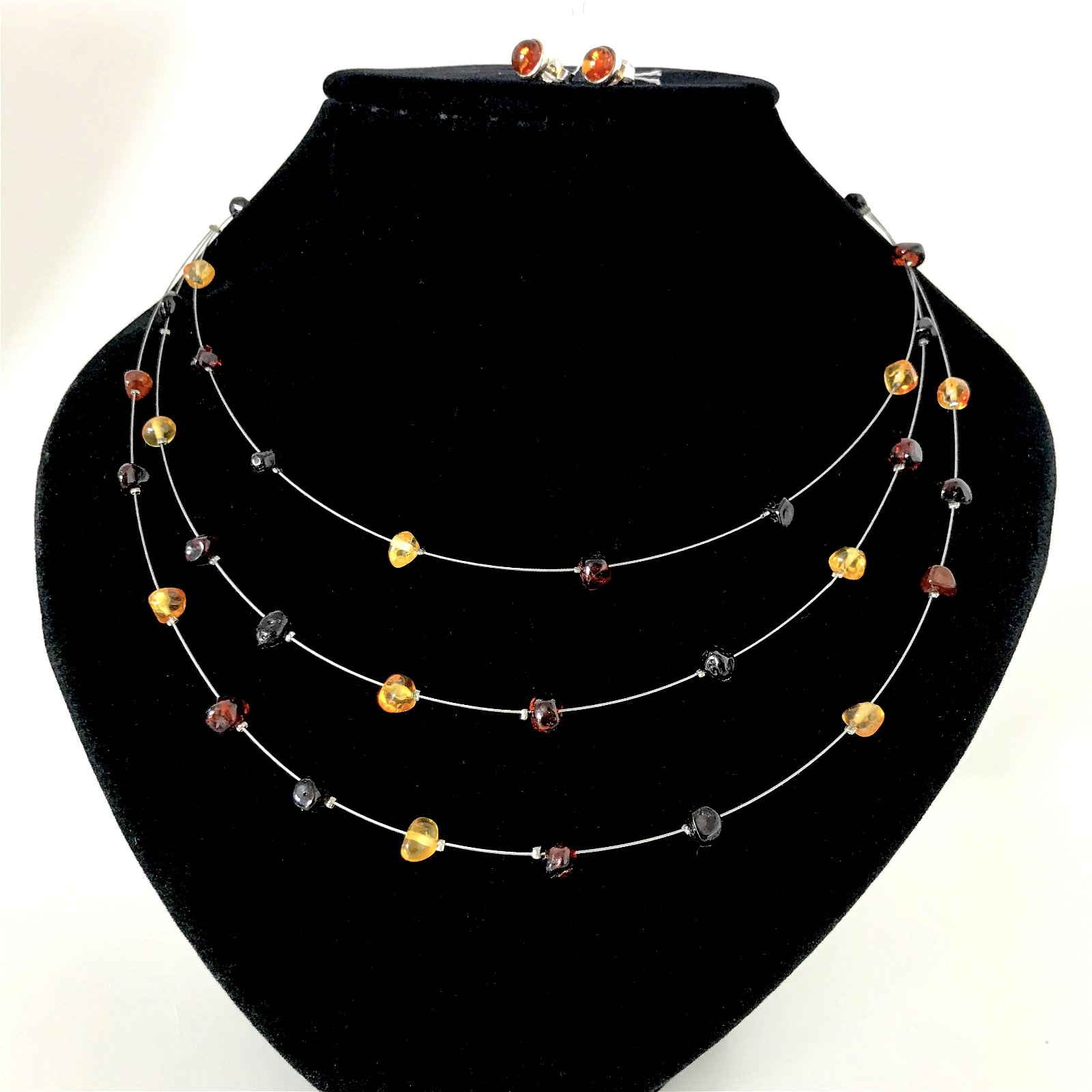 Amber necklace and silver earrings