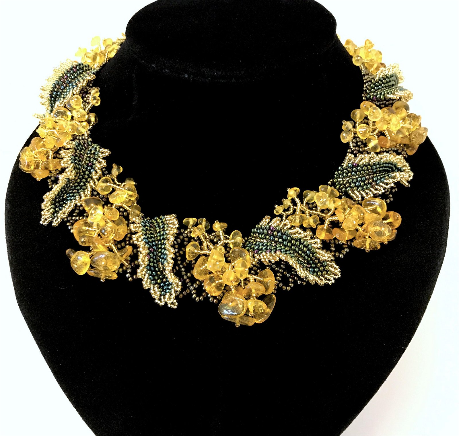 Impressive Cleopatra necklace with Amber