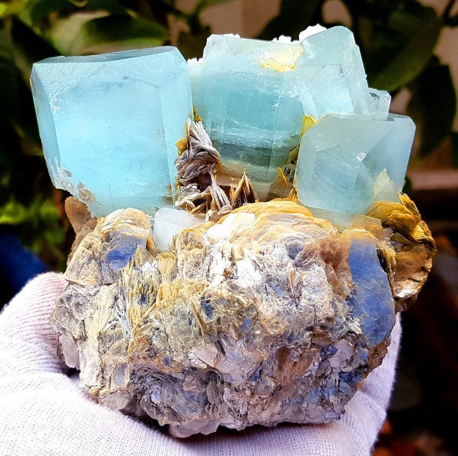 1397 Gram Terminated & Undamaged Natural Aquamarine